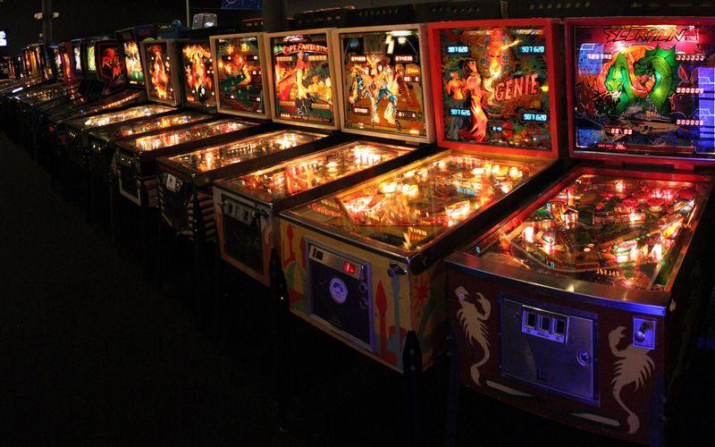 Wedgehead pinball arcade
